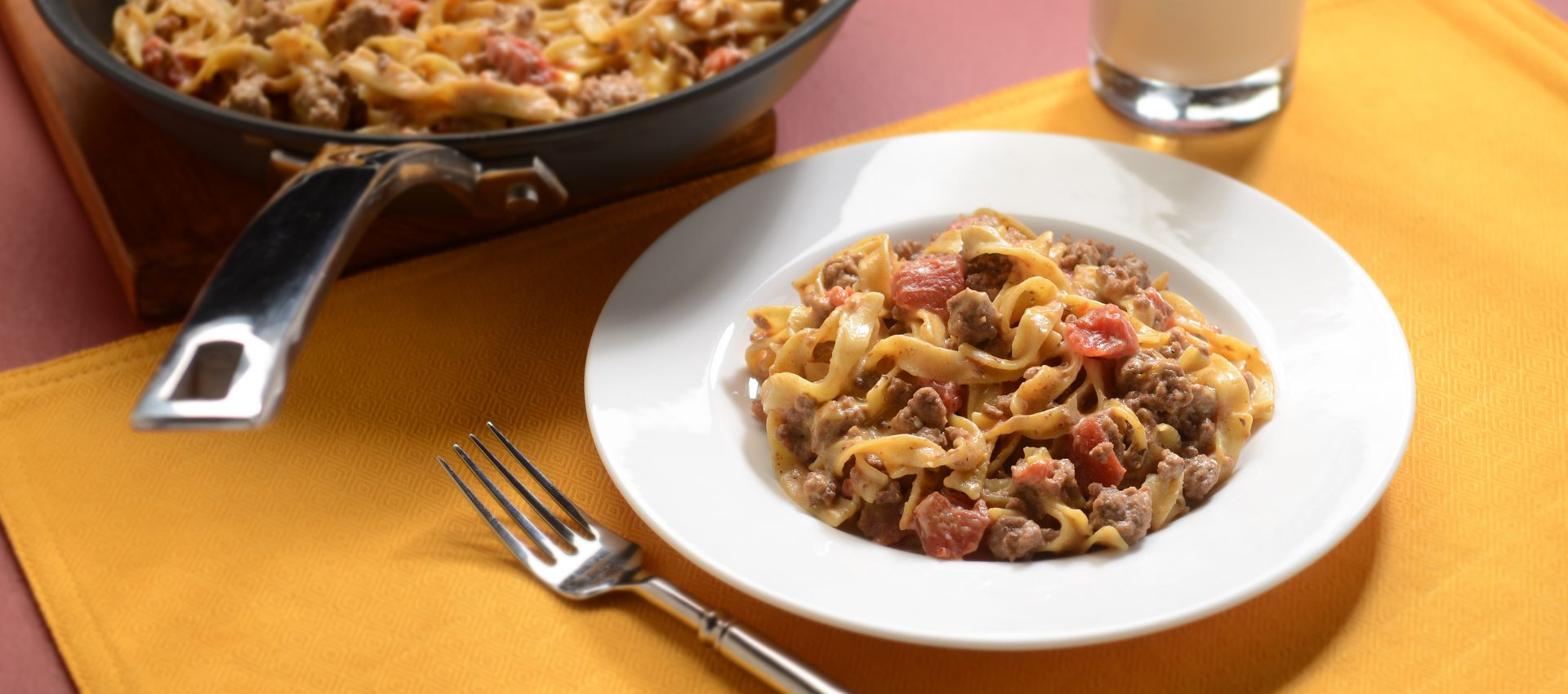 Cheeseburger-Noodle-Skillet-HR-1920x850 Cheesy Taco Noodle Skillet