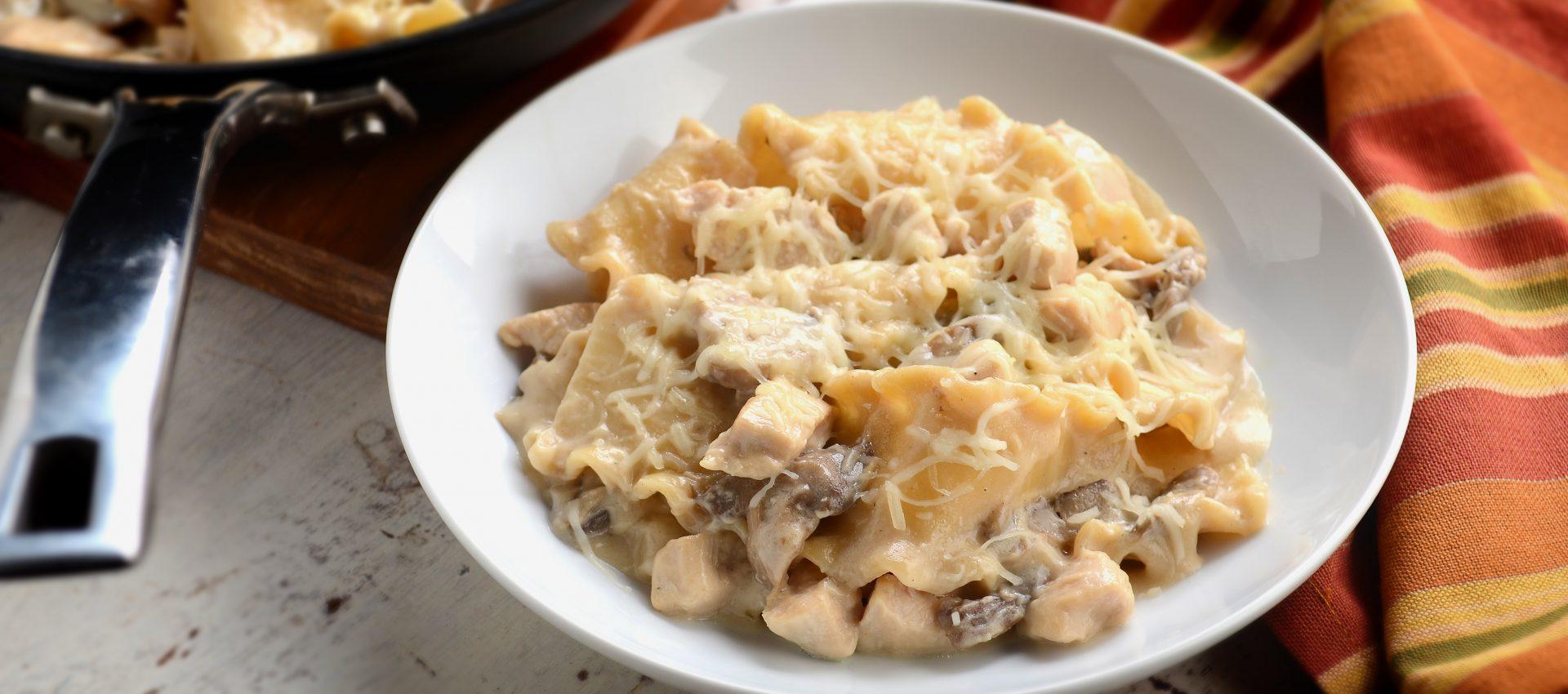 Chicken-Alfredo-Skillet-Lasagna-1920x850 Chicken Alfredo Skillet Lasagna
